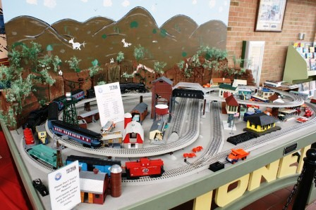 January 2012 Lionel Trains Page 2