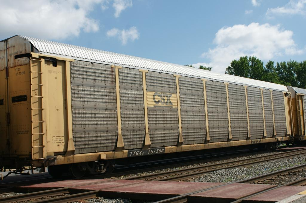 Model Train Racks : Freight car friday bi level autoracks lionel trains